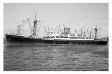 mc3066 - Shaw Savill Line Cargo Ship - Darro ex Carnatic - photo 6x4