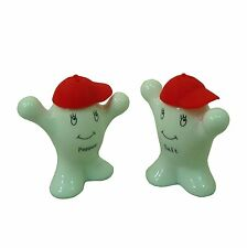 Ceramic White Salt & Pepper Shaker People with Hats ~ Cruet Set RED Hat 22034