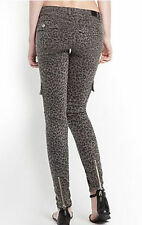 $138 GUESS Denim Pants Jeans Animal Print Cargo Skinny Jeans Grey Size 27 NWT
