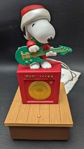Hallmark 2011 Wireless Peanuts Band Snoopy on Guitar with Tag - Works! See Video