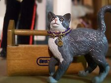 Jaapi ROYAL/GOLD cat collar for Breyer Companion Animal, not for real cats