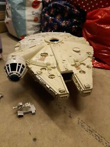 Star Wars Millennium Falcon Kenner 1979 original.