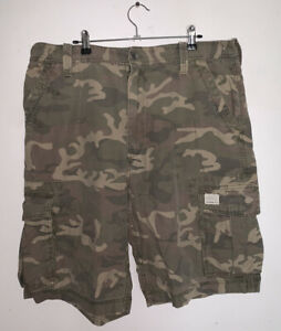 Levis Strauss Camo Cargo Shorts Mens W36