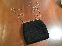 VALERIE STEVENS Womens Black Crocheted Beaded Evening Bag Purse Kiss Lock