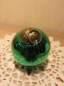 Ancienne boule de Noël verte en verre mercurisé, églomisé Meisenthal