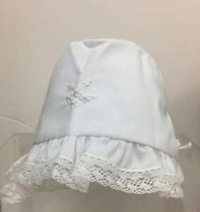 Will'beth NWT Newborn Infant Girl White Baby Bonnet Lace Pearls 0-6m Christening