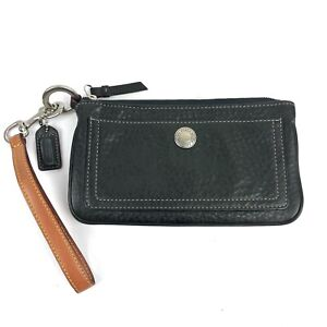 Coach Wristlet Black Soft Pebbled Leather Top Zip Clutch Purse Hang Tag