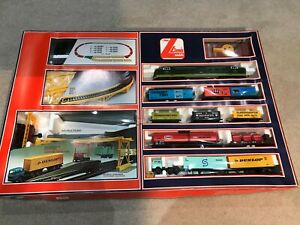 Lima/Hornby Train Set 101857AW OO/HO Gauge LOCO MELD D9003, SCARICA CONTAINERS.