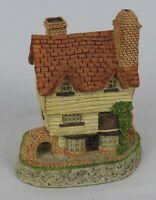 "Vintage David Winter Cottages ""Wine Merchant"" Figurine * 4"" * 1980 * Excellent!"