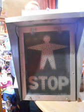 pictogramme traversé de voie pietons stop sncf