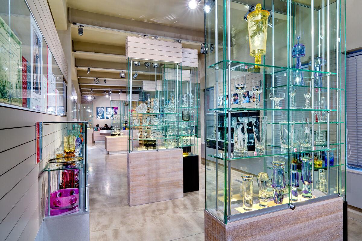 r.j-antikglas-auktionen-and-more