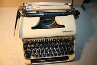 Vintage OLYMPIA Deluxe SM3 portable typewriter, hardtop case, beautiful machine