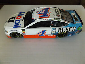 Kevin Harvick #4 Mobil 1 / Busch Beer 1/24 RCCA ELITE 2018 Ford Fusion #146