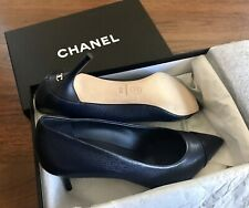 New CHANEL BLACK Navy Leather Cap Toe PUMPS CC HEEL SIZE 39.5(fit 38.5 US 8.5)