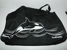 New with tag Sea World Duffle Tote Bag w Removeable Shoulder Strap Shamu Whale