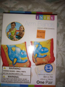 INTEX AQUA ARM BANDS SHARK