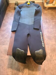 Scubapro Wetsuit Mens 2.5mm
