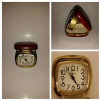 Vtg Bulova Folding Travel Alarm Clock Night Glow Hands & Minute Markers Red Case