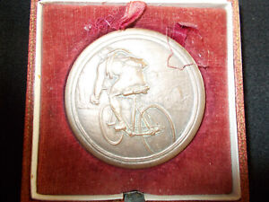 SPORT CYCLISME  -  MEDAILLE PEUGEOT