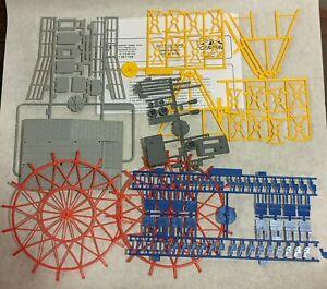 IHC Carnival Ferris Wheel 1:87 HO Scale Model Kit 5110 *Possibly Missing Parts*