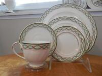 Wedgwood Royal Garland bone china FIVE piece place setting