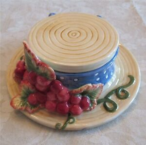 Fitz & Floyd Trinket Box With Lid Cover Jewelry Vanity Dish Hat Grapes
