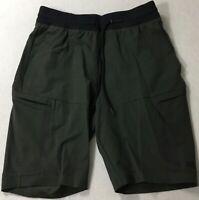 Under Armour Men's SportStyle Elite Cargo Short 1306455 Dark Green 310 Size M