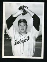 1951 SAUL ROGOVIN Detroit Tigers Original News Photo Type 1 Jewish