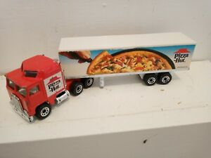 """MATCHBOX CONVOY Kenworth Aerodyne """"Pizza Hut"""" *COMBINED POSTAGE ON ALL ITEMS*"""