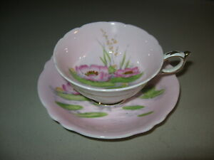 Paragon English Fine Bone China Cup & Saucer Pink With Water Lily