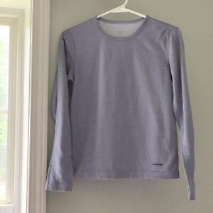 Patagonia Capilene Girl's Long Sleeve Base Layer Shirt Youth Size XS USA