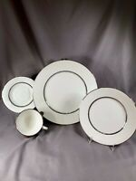 PLACE SETTING LENOX OXFORD WHITE ECHO BONE CHINA DINNERWARE PLATINUM TRIM j14