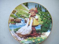 """M. J. Hummel Goose Girls Gentle Friends Collector 8"""" Plate"""