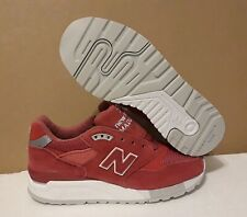NEW BALANCE WOMAN'S W998RBE RED/WHITE ANKLE-HIGH LEATHERS RUNNING SHOE: 5.5