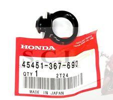 HONDA CB350G CB400F CB500 CX500 CB750 GL1000 FENDER GROMMET OEM 45451-367-690