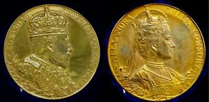 LARGE 1902 CORONATION BRONZE MEDAL 55mm Royal mint ISSUE IN ORIGINAL CASE.
