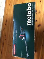 Nagelneue elektrische Heckenschere HS 8745 45cm 560W Metabo