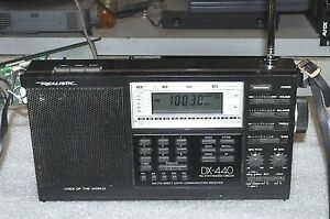 REALISTIC DX-440 PORTABLE RADIO AM/FM/LW/MW/SW GOOD COMMERCIAL SURPLUS