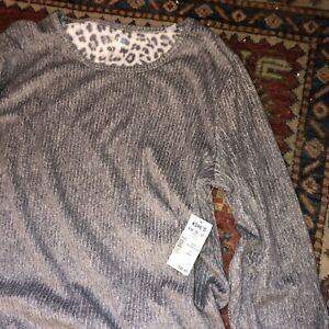 NWT Womem's CROFT & BARROW Gray Leopard Print PJ Set w/Socks, Size Small