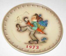 1973 HUMMEL 3rd Annual Plate #266 GlobeTrotter TMK 5 w/BoX