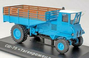 SSH-75 Taganrozhets 1965-72 Soviet Tractor Russia Traktor blau blue 1:43
