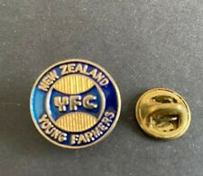 New Zealand  YOUNG FARMERS PIN BADGE