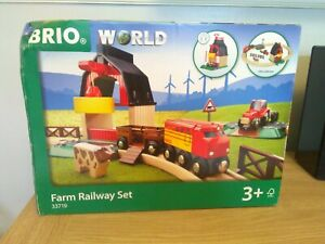 World Farm Train Wooden Railway Set for Kids Age 3 Years and Up,