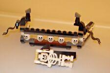 LEGO QUEEN ANNES REVENGE PIRATE SHIP PART LOT skulls skeleton head rail 4195