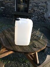 6x 25 Litre Plastic Water Containers (Free Delivery)