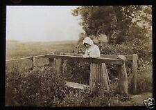 Glass Magic Lantern Slide EDWARDIAN LADY READING HIS LETTER ON A BRIDGE C1910