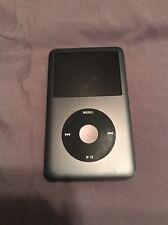 Apple iPod Classic 7th Generation (160GB) Bundle