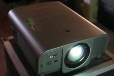 *EIKI LC-XG250*Konferenz-Beamer Projektor projector 4000 lm+Sanyo LNS-W10 1000:1