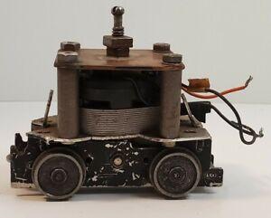 Lionel Postwar 027 Diesel Switcher PARTS OR REPAIR