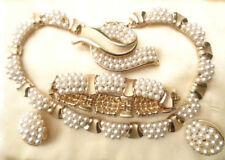 Crown Trifari 1950,s Jewellery Set Necklace Earrings Brooch Bracelet Pearls